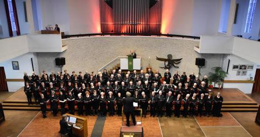 Koor- en samenzangdienst Zingen maakt blij