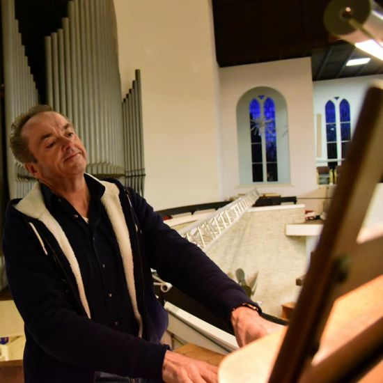 Martin Mans bespeelt orgel Breepleinkerk