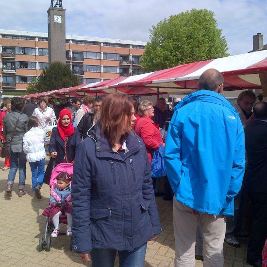 Rommelmarkt in Nieuwerkerk 'begrip in de regio'