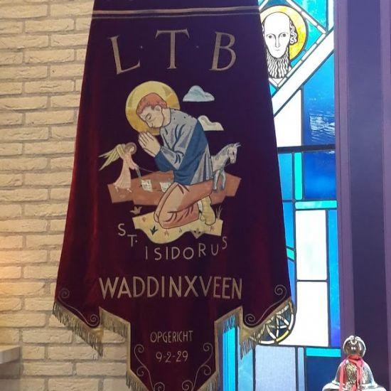 Bisschop Van den Hende gaat voor bij Oogstdankdag 3