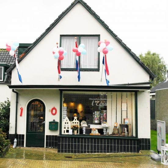 Nieuwerkerkse boekhandel l' Ecrit'' sluit de deuren