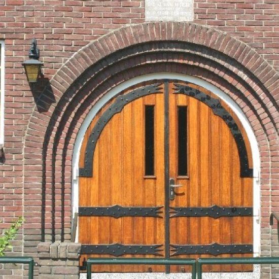 Kerkdiensten weer toegestaan